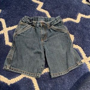 Size 5T Cherokee jean shorts no holes or stains